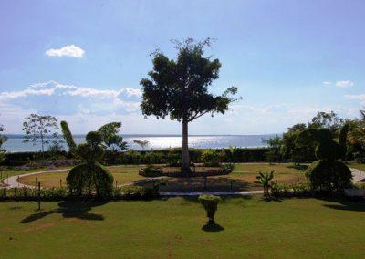 maya-circle-garden